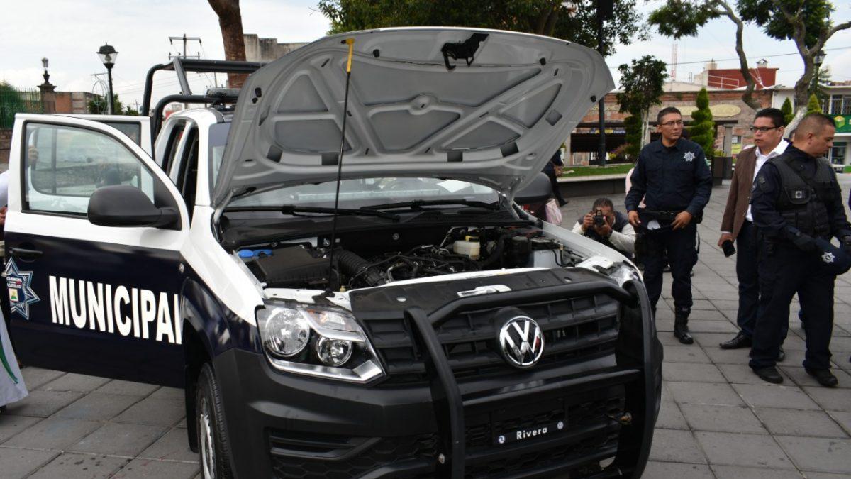 Entregan nueva patrulla en Zacatelco