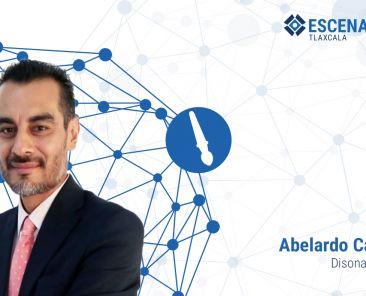 Abelardo Carro firma