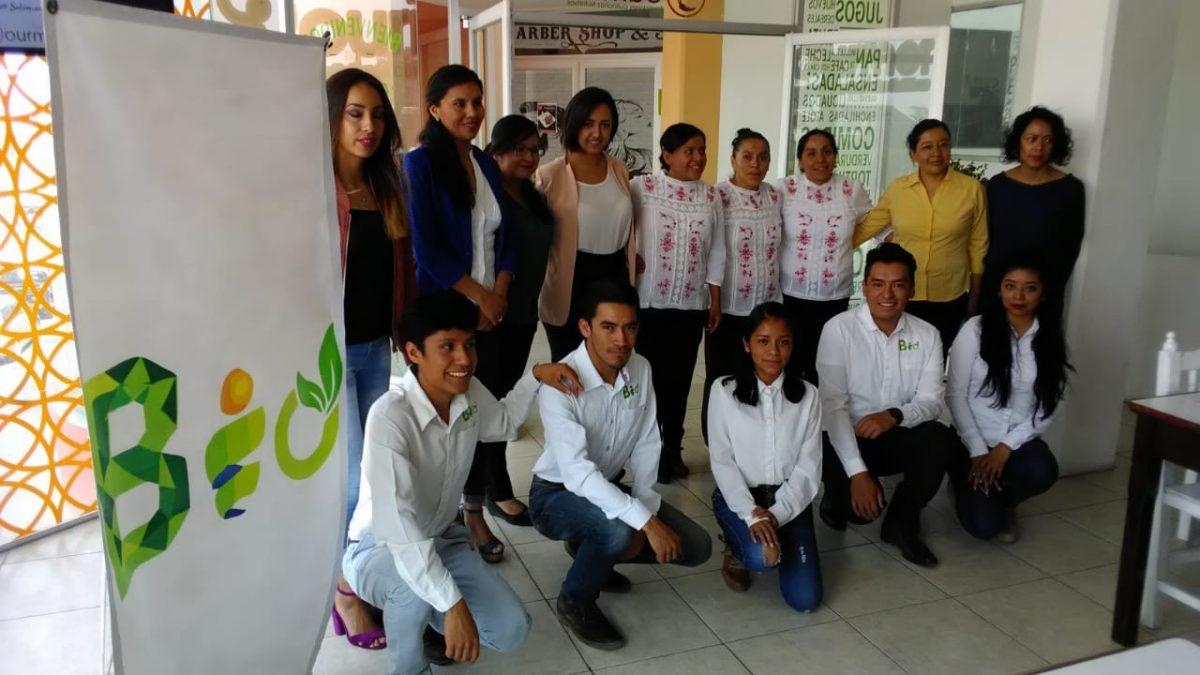 Reúne BioJóvenes a madres emprededoras de Teolocholco y Tlaxcala para conversatorio