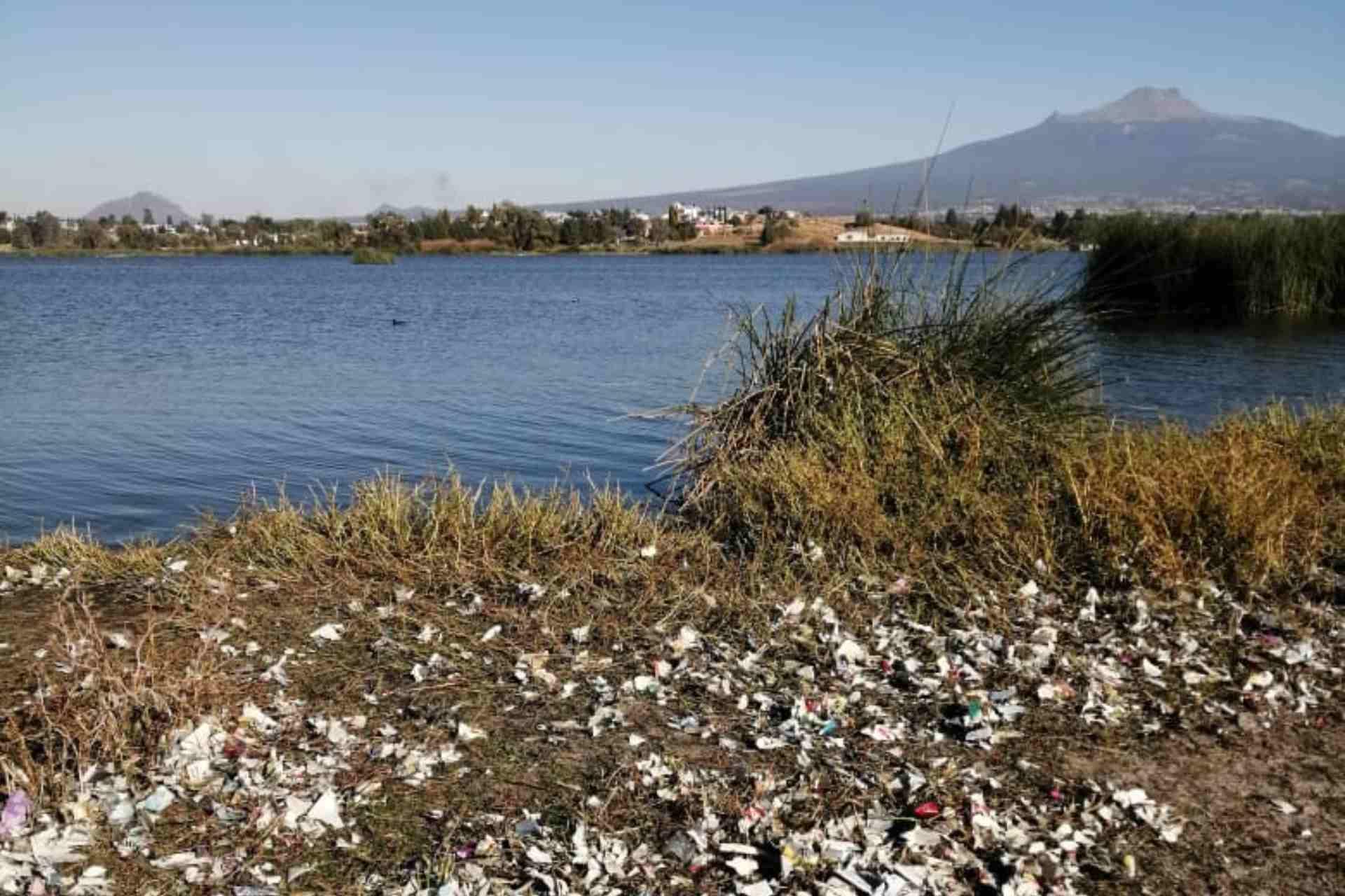 Laguna de Acuitlapilco-Tlaxcala-Contaminación-Agua-Cohetes-Explosivos-Fuegos Artificiales-Año Nuevo