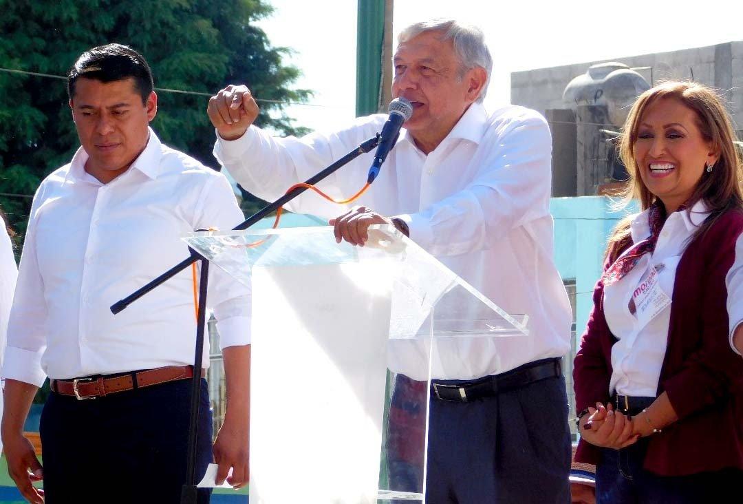 AMLO-Tlaxcala-Escenario-Benito-Juarez