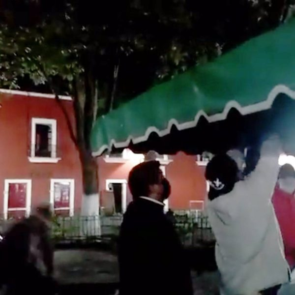 artesanos-Tlaxcala-Plaza Xicohténcatl-desalojo-SEDATU-Mildre Vergara-Victor Cahuatzi