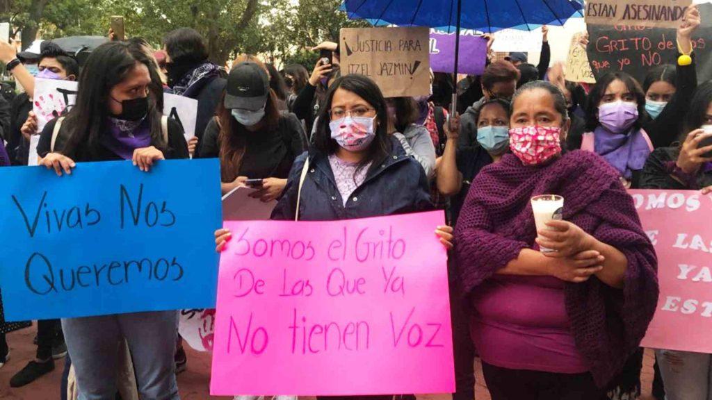 soluciones-ante-feminicidios-y-desapariciones-piden-mujeres-en-tlaxcala-durante-marcha