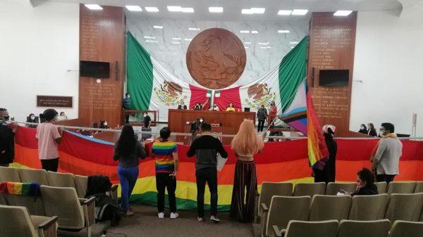 LGBT-crímenes de odio-Congreso local